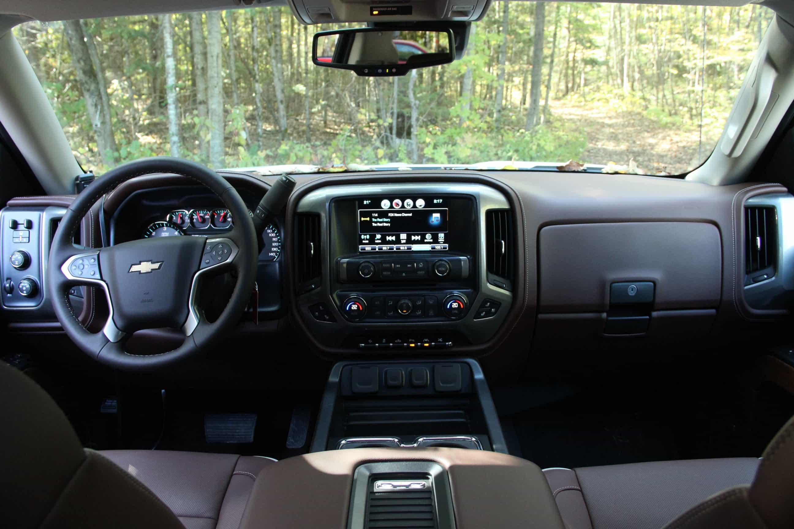 Салон нового Chevrolet.