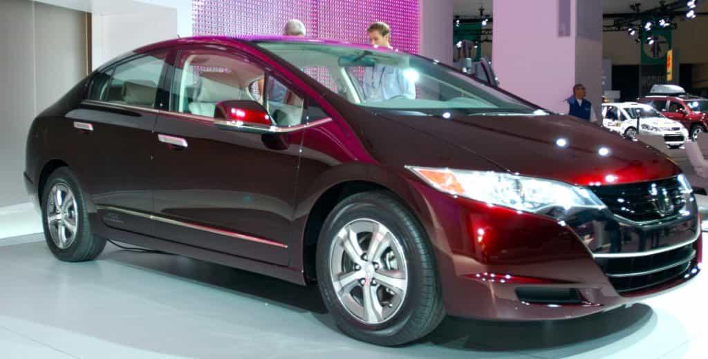 Honda Clarity Fuel Cell на топливных элементах.