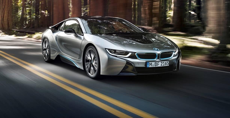 В BMW разгласили данные по продажам i8 и i3 моделей за 2014-2015 год.