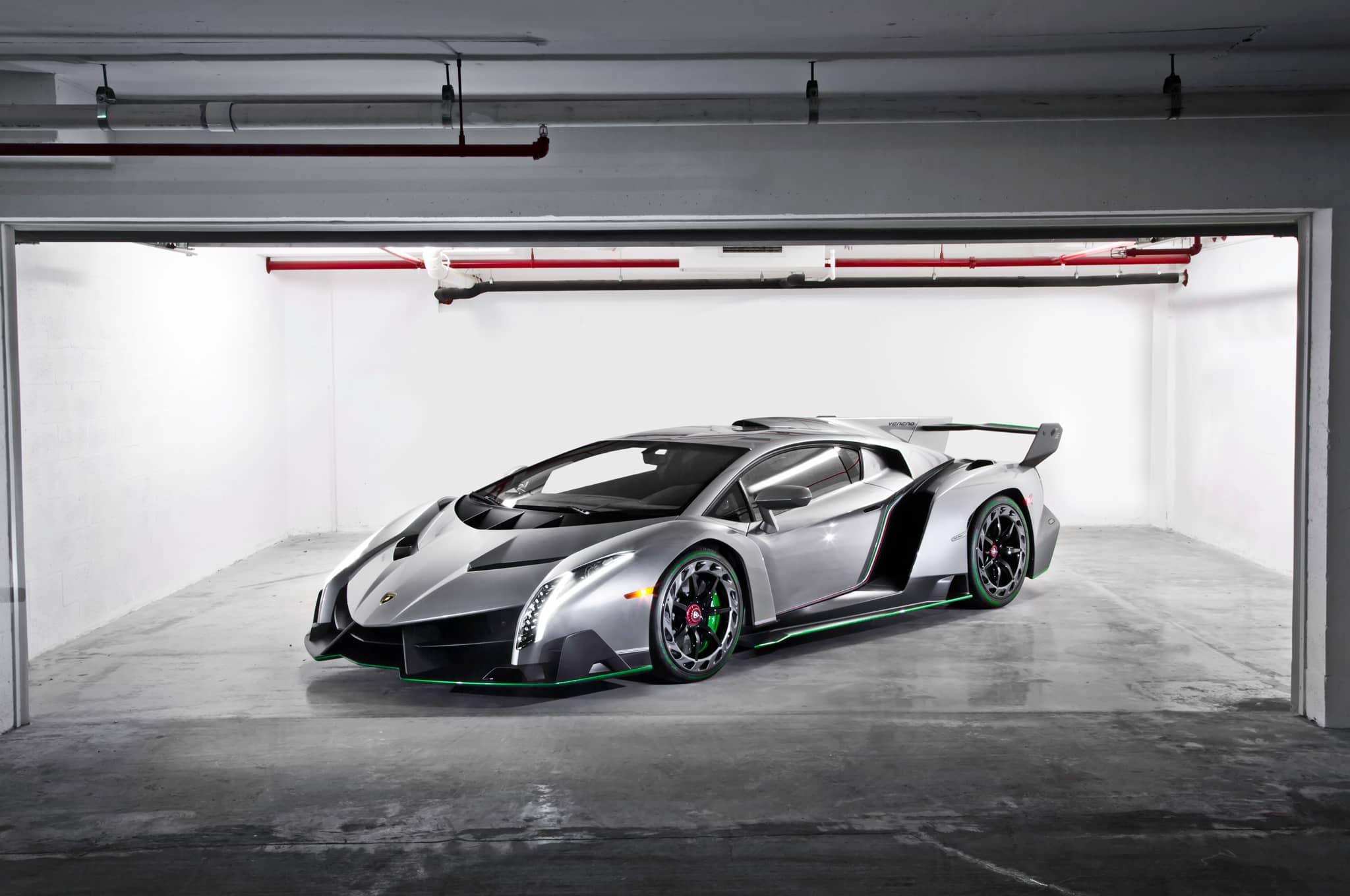 Состоялась перепродажа Lamborghini Veneno, его цена возросла в трое после номинальной цены.