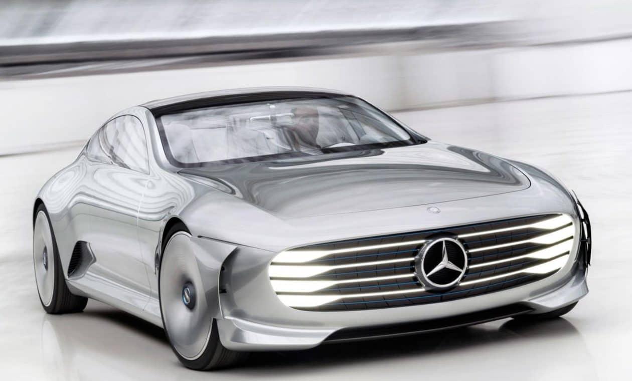 Mercedes-Benz покажет свой первый электроавтомобиль на автосалоне в Париже.