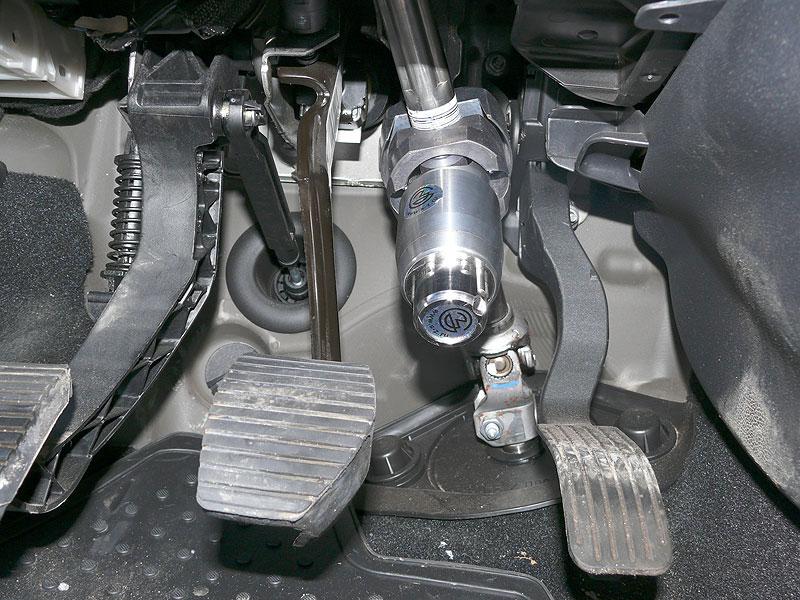 Разновидность механических противоугонных средств для авто.